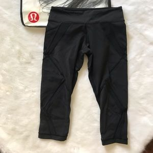 Lululemon mesh detail Crop leggings black 4
